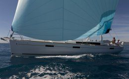 Charter boat oceanis 45 owner version 3 cabins split croatia