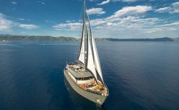Rara avis yacht for charter in croatia