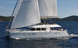 O cat catamaran for charter in italy