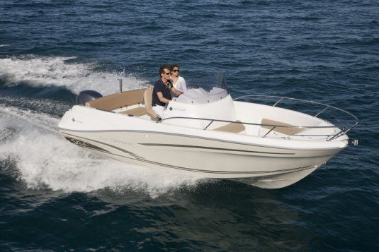 Cap camarat 6 5 day charter up to 7 guests juan les pins